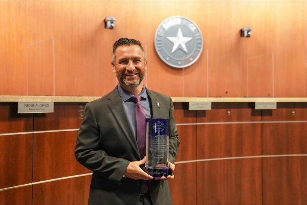 City wins 'Leading the Way Award' for outstanding service delivery